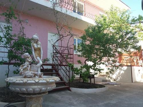 Гостевой дом «Камилла» Судак