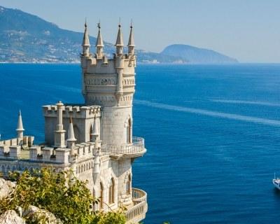 Отдых на море в Крыму- лучшие пляжные туры в Крым в наших офисах.