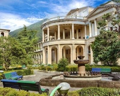 Отдых с лечением в санаториях Абхазии - цены все включено.