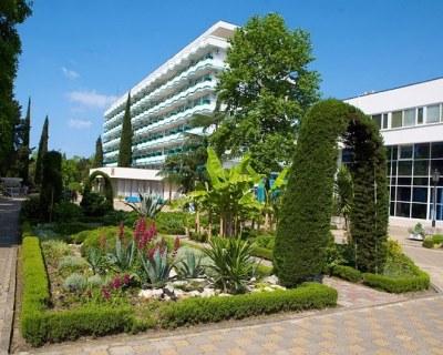 Санатории Адлера- цены на лечение и отдых в Адлере