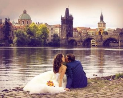 Свадебные церемонии и путешествия в Чехию