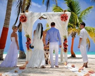 Свадебные путешествия и церемонии в Доминикане